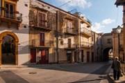 [Video] Italy: Cơ hội mua nhà trên đảo Sicily với giá chỉ từ 1 euro