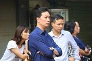 [Photo] Hà Nội: Các bậc phụ huynh hồi hộp trước 2 môn thi cuối cùng