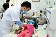 Nghệ An: Thời tiết nắng nóng, số bệnh nhi nhập viện tăng cao