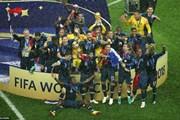 Đội tuyển Pháp nhận cơn mưa lời khen của các chính trị gia