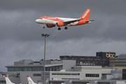 EasyJet thiệt hại nặng do thiết bị không người lái ở sân bay Gatwick