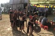 [Photo] Kon Tum: Độc đáo lễ Nước giọt của người Rơ Ngao