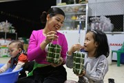 [Photo] Bánh Ống - đặc sản truyền thống của dân tộc Mường