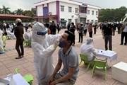 [Photo] Hải Dương triển khai lấy mẫu xét nghiệm SARS-CoV-2 diện rộng