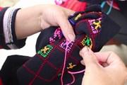 [Photo] Giữ gìn nghề dệt thổ cẩm của người Dao đỏ ở Hoàng Su Phì