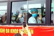 Đoàn cán bộ y tế tỉnh Nghệ An lên đường hỗ trợ tỉnh Hà Tĩnh chống dịch