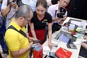Các mẫu iPhone mới chính hãng lên kệ, giá cao nhất 43,99 triệu đồng