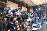 Phòng họp báo 'nóng' trước giờ Tổng thống Donald Trump xuất hiện