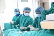 Phú Thọ: Gắp con đỉa dài 10cm sống trong cổ họng một bệnh nhân