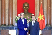 Chủ tịch nước tiếp cựu Ngoại trưởng Hoa Kỳ John Kerry
