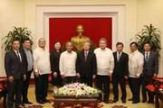 Đoàn đại biểu cấp cao Đảng cầm quyền Philippines thăm Việt Nam