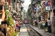 Những hình ảnh về phố đường tàu ''độc và lạ'' giữa lòng Hà Nội