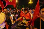 Truyền thông Hàn Quốc ấn tượng về không khí bóng đá tại Việt Nam