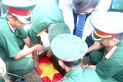 An táng 30 hài cốt liệt sỹ quân tình nguyện Việt Nam hy sinh tại Lào