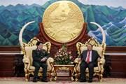 Tổng Bí thư Lào: Tạo điều kiện để phát triển quan hệ Quân đội Lào-Việt