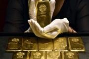 Giá vàng trên thị trường châu Á giảm 0,3% do đồng USD vững giá