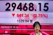Chứng khoán châu Á đỏ sàn khi vòng áp thuế mới Mỹ-Trung có hiệu lực