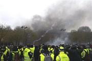 """Liệu có """"bàn tay"""" của Facebook trong khủng hoảng tại Pháp?"""