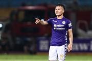 Quang Hải tiếp tục toả sáng, TP.HCM lần thứ tư thua thảm Hà Nội FC