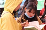 Sôi nổi ngày hội sách gieo tình yêu văn hóa đọc