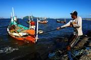 Malaysia bắt 5 ngư dân Indonesia không có giấy tờ tùy thân