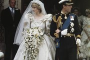Ý nghĩa ẩn chứa đằng sau bó hoa cưới của các cô dâu Hoàng gia Anh