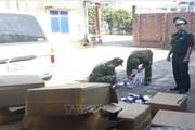 Bắt giữ 11.000 gói thuốc lá nhập lậu, đối tượng vận chuyển bỏ chạy