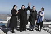 Triều Tiên ca ngợi chuyến thăm đỉnh núi Paekdu của lãnh đạo hai miền