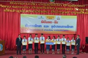 Doanh nghiệp Việt trao học bổng cho sinh viên Đại học quốc gia Lào