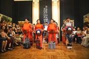 Hình ảnh 'Áo lụa' Việt Nam chinh phục khán giả Xứ sở Bạch Dương