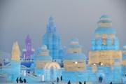 Hình ảnh rực rỡ Lễ hội Băng đăng quốc tế Cáp Nhĩ Tân lớn nhất thế giới