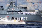 Hình ảnh Nga diễu binh kỷ niệm Ngày Hải quân lần thứ 81