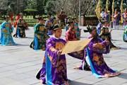 [Photo] Thừa Thiên-Huế: Sân khấu hóa lễ Nguyên đán thời Nguyễn