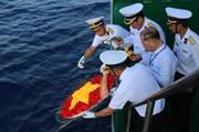 [Photo] Thiêng liêng lá cờ Tổ quốc nơi quần đảo Trường Sa