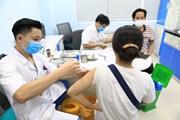 Tiêm vaccine AstraZeneca cho phóng viên các cơ quan báo chí ở Hà Nội