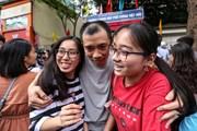 Hà Nội: Thí sinh hồ hởi vì đề thi môn Ngữ Văn vào lớp 10 'dễ thở'