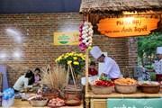 Tới Hồ Gươm thưởng thức văn hoá ẩm thực du lịch Hà Nội dịp cuối tuần