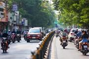 Đường phố Hà Nội ngày đầu thực hiện công điện số 15 vẫn đông đúc