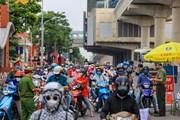 [Photo] Ghi nhận ngày đầu 39 chốt kiểm soát ra, vào vùng đỏ Thủ đô