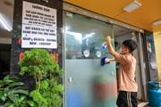 Hàng quán các quận nội thành Hà Nội dọn dẹp sẵn sàng để bán mang về