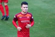 Quang Hải tập luyện thoải mái ở tuyển Việt Nam trước tin đồn 'xé rào'