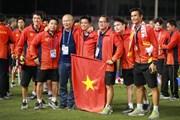 Khoảnh khắc U22 Việt Nam vui sướng nhận huy chương vàng lịch sử