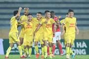 Nam Định đánh bại tân binh V-League, thắng trận đầu tiên của mùa giải