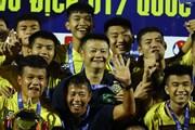 Khoảnh khắc Văn Quyến lần thứ ba vô địch với đội trẻ Sông Lam Nghệ An