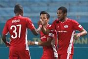 Viettel đả bại Quảng Ninh, 'chạm một tay' vào cúp vô địch V-League