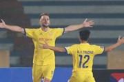 Nam Định tạo bất ngờ, 'thắng lớn' Hà Nội FC ngày mở màn V-League 2021
