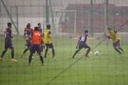 Đội tuyển U22 Việt Nam tập luyện sung sức bất chấp mưa lớn tại Hà Nội