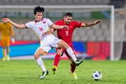 Cận cảnh trận đấu kịch tính giữa đội tuyển Việt Nam với Trung Quốc