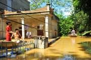 Yêu cầu ngân hàng miễn giảm lãi suất cho người dân bị mưa lũ gây ra