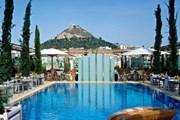 Hàng loạt khách sạn Hy Lạp đóng cửa trong 2012